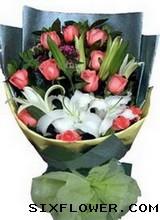 12枝粉玫瑰+百合/你最珍贵