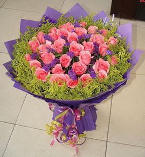 33枝粉玫瑰/好生活