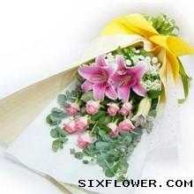 9枝粉玫瑰+百合/快乐永伴