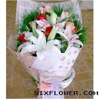 15枝玫瑰+百合/节日快乐