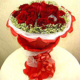 一捧洁白的爱/50枝白色玫瑰:坚定的爱/11枝红玫瑰
