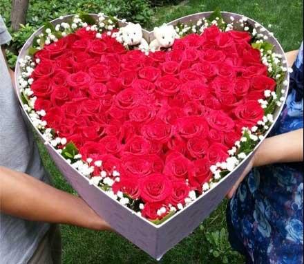 想你夜不能寐/21枝红色玫瑰:66枝红玫瑰/礼盒装