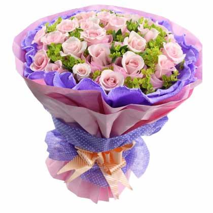 你在我的心里/33枝香槟玫瑰礼盒:29枝玫瑰/爱到永久