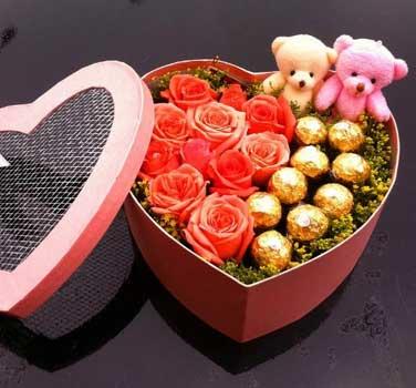 永不变/9枝玫瑰巧克力礼盒