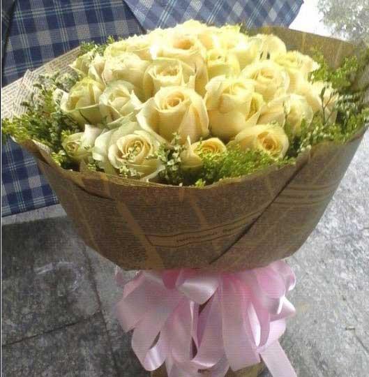 知己/21枝香槟玫瑰