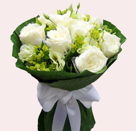 天长地久不分/9枝白色玫瑰