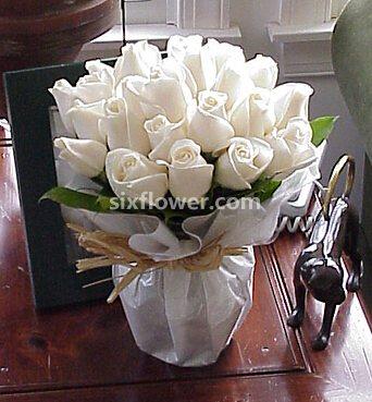 24枝白色玫瑰/甜美的梦