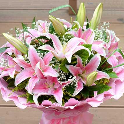 一枝属于我的花/19枝红色玫瑰:爱无需理由/9枝香水百合