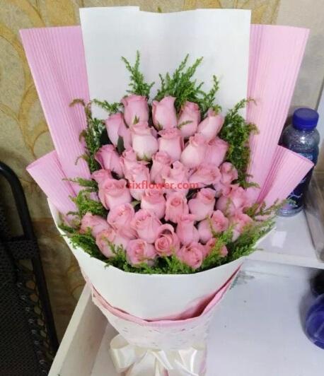 可爱的你/33枝粉色玫瑰