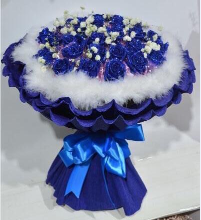 心如飞絮相思苦/33枝香槟玫瑰礼盒:浪漫的情怀永远属于你/27枝蓝色玫瑰