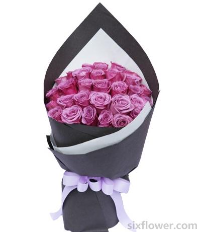 你在我的心里/34枝紫玫瑰