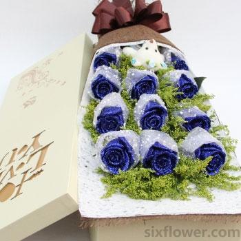 11枝蓝玫瑰礼盒/爱情故事