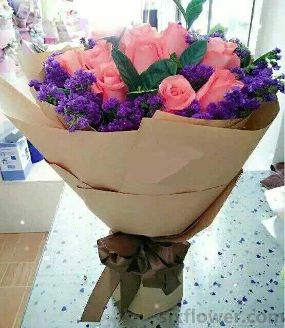 真心陪伴/99枝香槟玫瑰:你是我今生最难记忘的/19枝粉色玫瑰