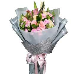 每天都快乐健康/12枝玫瑰,6枝康乃馨,3枝百合