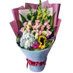 永远爱您/12枝戴安娜玫瑰,绣球花,向日葵