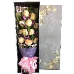 真诚的表白/11枝香槟玫瑰