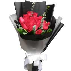 我们的爱美好而又温馨/16枝红色玫瑰