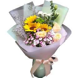 我永远爱您/3枝向日葵,4枝香槟玫瑰