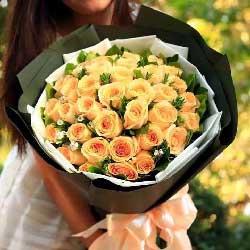 黛安娜玫瑰9枝/你是我的唯一:我是真的爱上你/36枝香槟玫瑰