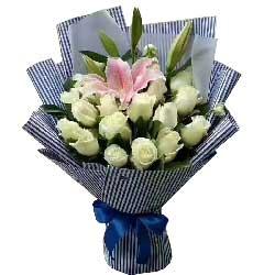 世上最幸福的人/16枝白色玫瑰百合
