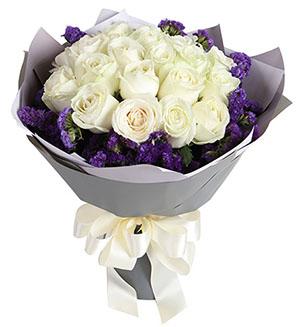 21枝白玫瑰/心中唯有你