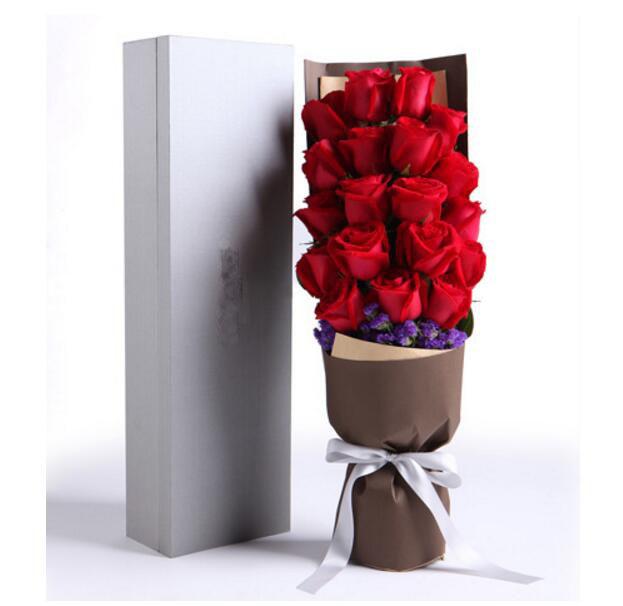 18枝玫瑰礼盒/对你始终一往情深