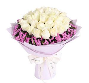 愿您每一天都快乐/6枝香水百合:梦中唤着你/33枝白色玫瑰