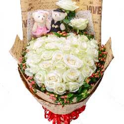 33枝白玫瑰/水乳交融