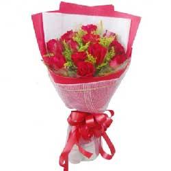 8寸圆形欧式蛋糕:你是我的天使/12枝红玫瑰