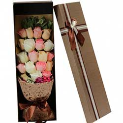 温婉如诗/16枝玫瑰:你在我心上/19枝玫瑰礼盒