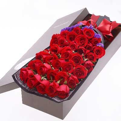 我只愿为你守着约/33枝红玫瑰