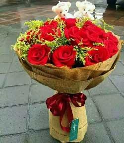 19枝红玫瑰/好心情