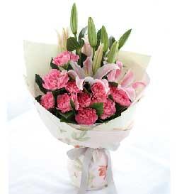 粉色康乃馨11枝/把思念化做心中无限的祝福