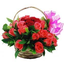 与你相遇是一种幸福,幸福伴随你到永久/28枝玫瑰花篮
