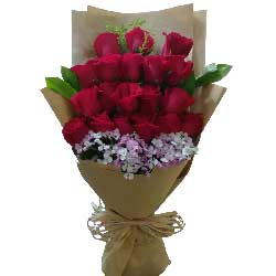 时刻牵挂着你/29枝红色玫瑰:你是我命中注定的另一半/19枝玫瑰