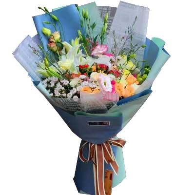 你在我心里永远最美/玫瑰百合及各色配花