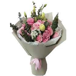 甜蜜的爱情港湾/99枝香槟玫瑰:我的心中只装得下一个你/11枝戴安娜玫瑰