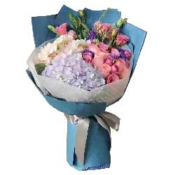 让你成为天下最幸福的女人/21枝玫瑰+绣球花