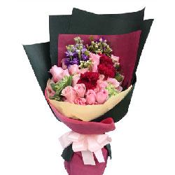 爱一生一世永不移/2只粉色绣球,11枝红色玫瑰:让你爱不完/33枝粉玫瑰