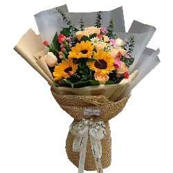 特别的问候/38枝玫瑰:再累再烦也是快乐的/3枝向日葵,11枝香槟玫瑰