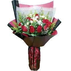 爱你风雨无阻/11枝红色玫瑰百合