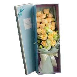 永远的爱/18枝香槟玫瑰礼盒