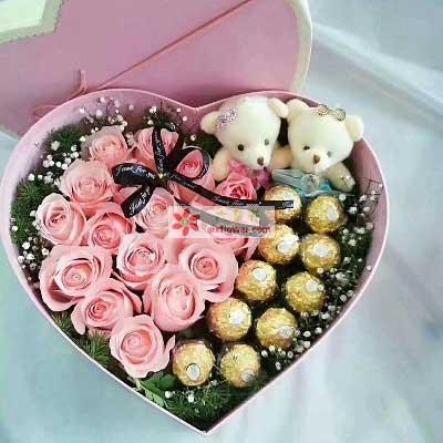 永远呵护你/17枝粉玫瑰巧克力