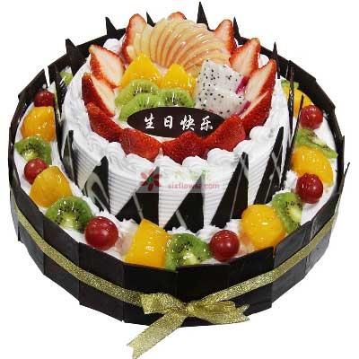 甜甜的笑/圆形双层鲜奶水果蛋糕