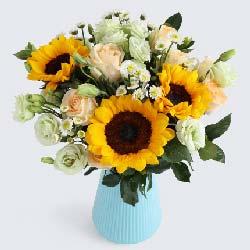 特别的日子/向日葵3枝、香槟玫瑰9枝