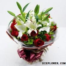 11支红玫瑰+百合/生日快乐