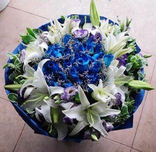 蓝调/50支蓝玫瑰+百合