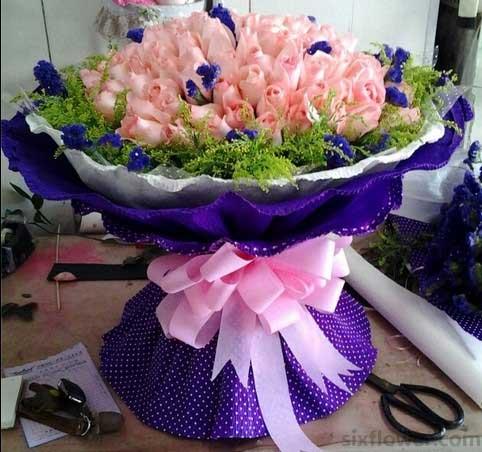 99支粉色玫瑰/灿烂的微笑