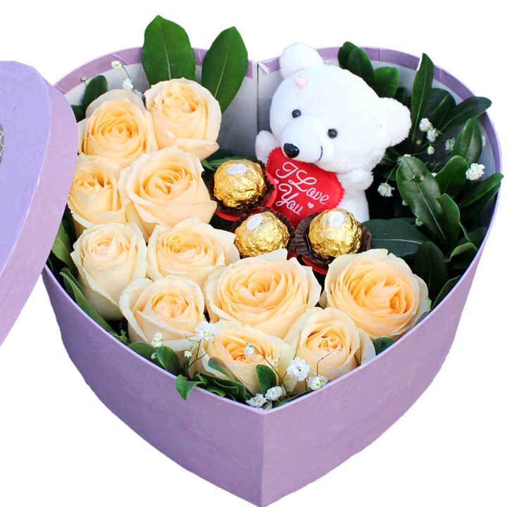 盒装鲜花/11枝香槟玫瑰+巧克力