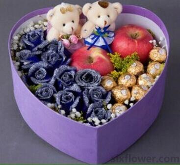 圣诞节礼盒/蓝玫瑰+苹果